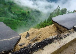 bad-engineering-collapsed-road-4
